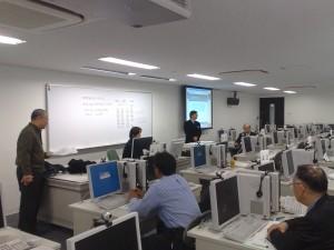 名古屋大学での演習風景